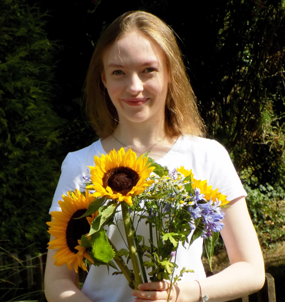 Isabella wins Young Artist of the Year Award